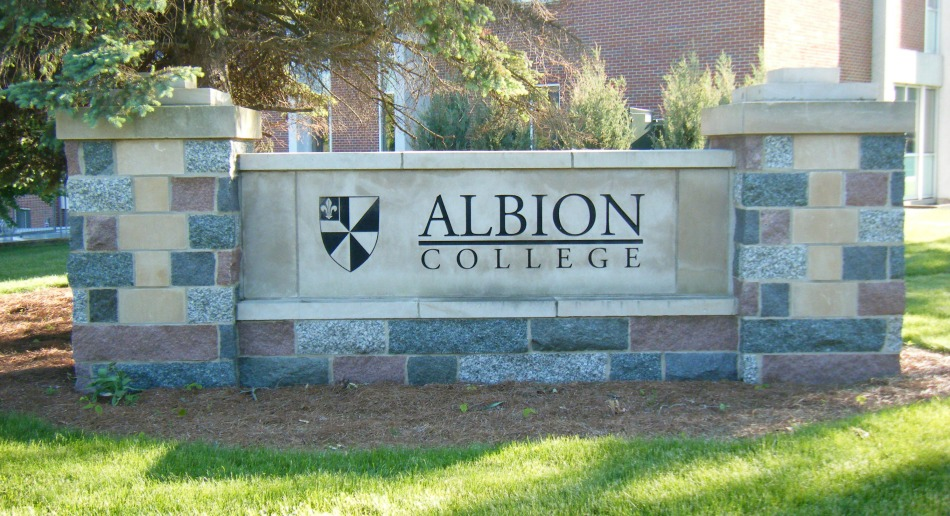 Albion-College-Sign Event